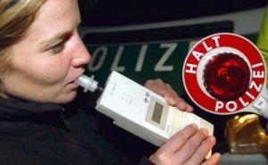 Alkoholkontrolle der Polizei. Bildquelle: rtl.de